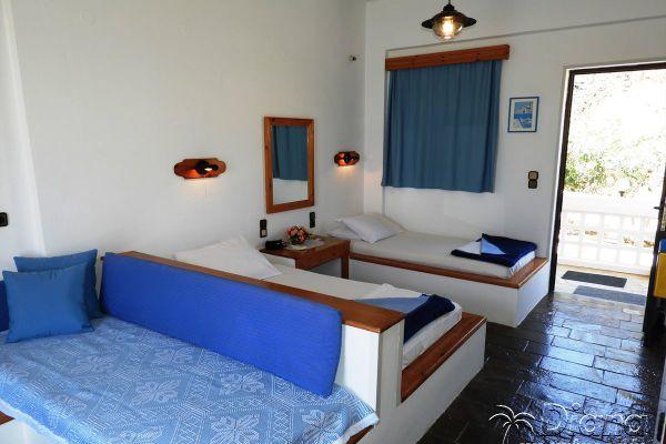 twin-beds-studios-for-rent-agia-pelagia-crete70F28550-4384-4309-1AE6-BF3AE4E409A4.jpg