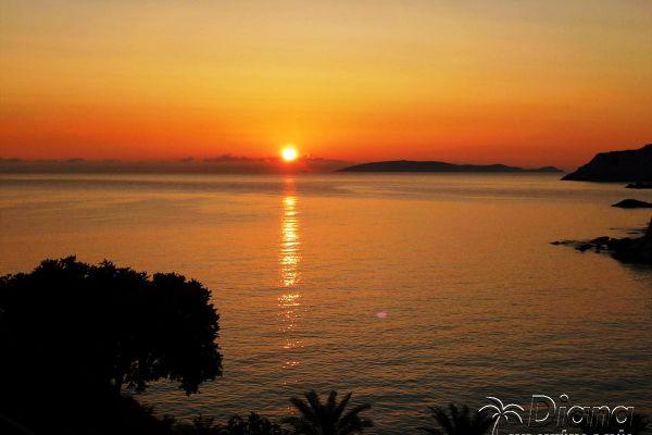 sunset-at-agia-pelagiaEDE85A1C-9E5D-80E7-DD0B-5C30E19B49DB.jpg
