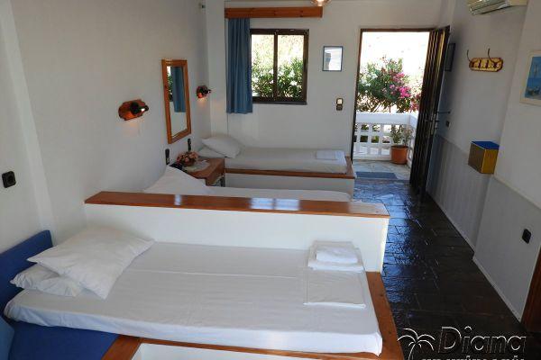 three-beds-apartments-rent-agia-pelagia-creteB3096608-1B33-8D55-8F82-B5631A8C60CE.jpg